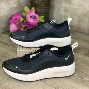 Nike Air Max Dia SE women's size 9